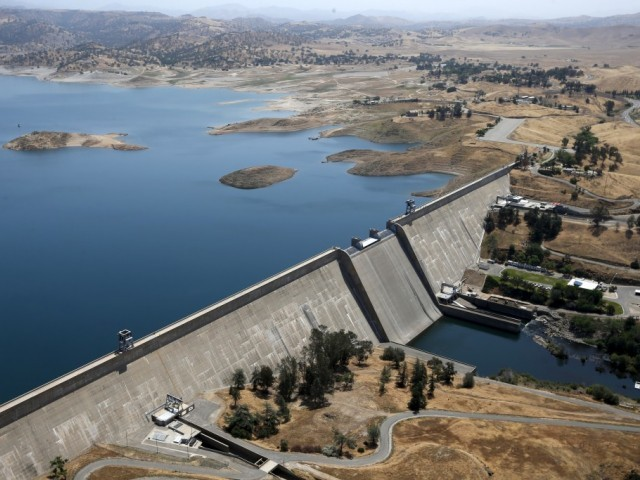 Reservoir banks. PHOTO: REUTERS