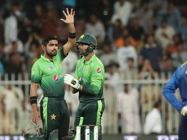 SMART BATSMAN: Kamran praised Babar's ability to bounce back after he was unable to play a meaningful innings for the team in the third ODI. PHOTO: AFP