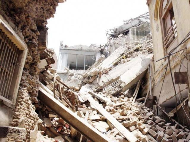 Roof collapse kills seven, injures 6 in Bajaur Agency