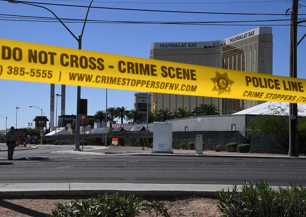 Las Vegas gunman's nightstand note contained figures for wind, trajectory and distance