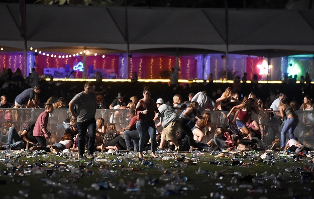 Las Vegas gunman shot security guard before mass shooting