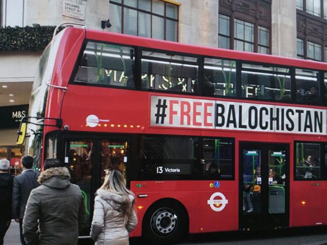 More than 100 buses criss-crossing London displaying anti-Pakistan slogans. PHOTO COURTESY: HINDUSTAN TIMES