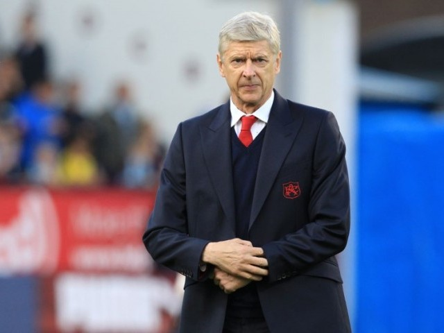Arsene Wenger Concedes He May Not See Out Two-Year Contract