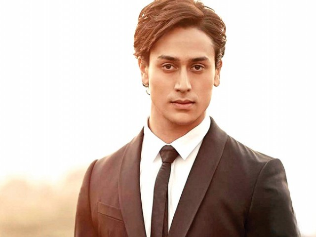 'Student Of The Year 2' Starring Tiger Shroff Poster Released