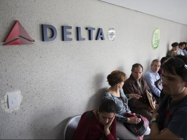 Delta plane diverted hundreds of miles for potty break