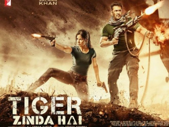 Tiger Zinda Hai: Salman Khan deadly face off with pack of wolves