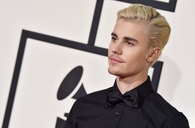 Justin Bieber Stands By Selena Gomez During Family Problems