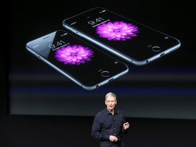 Apple Faces iPhone Sales Slump