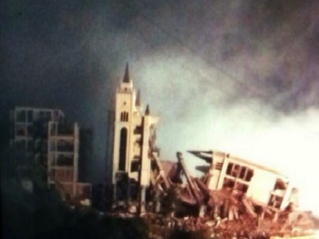 Chinese authorities blow up Christian church
