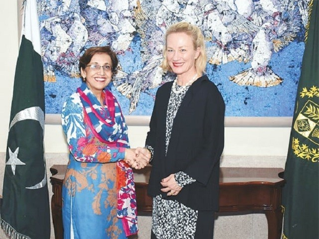 Senior US State Department official, foreign secretary discuss bilateral ties