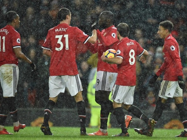 Manchester United defeats Stoke City by 3-0
