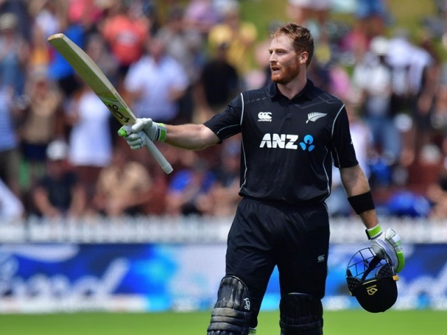 Black Caps choose to bat in fifth ODI