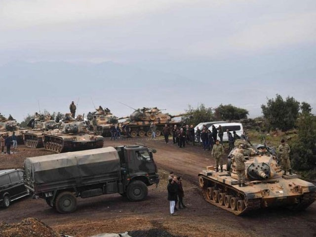 Turkish tanks roll into Syria to fight Kurdish militia