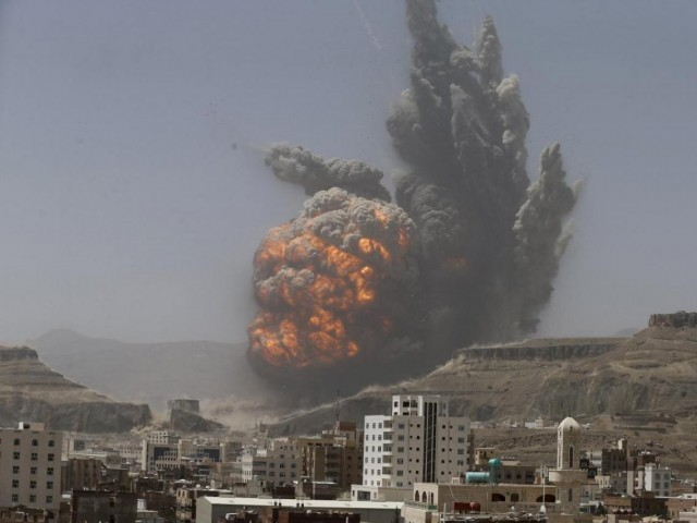 15 soldiers killed in Yemen vehicle  bombing