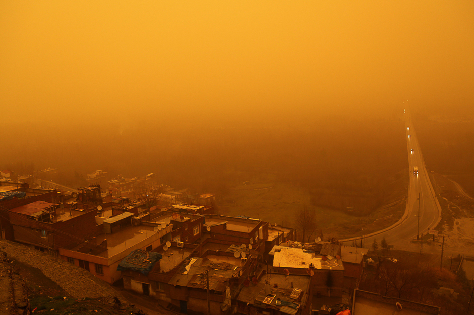 A general view of Diyarbakir city during a sandstorm in Diyarbakir. PHOTO: AFP