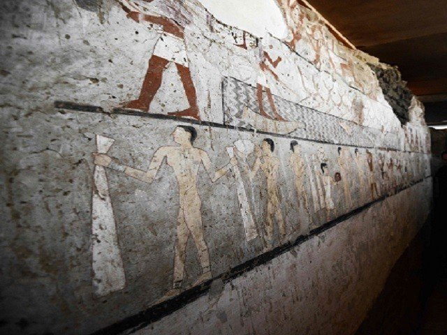 Egyptian archaeologists uncover ancient tomb near Giza Pyramids