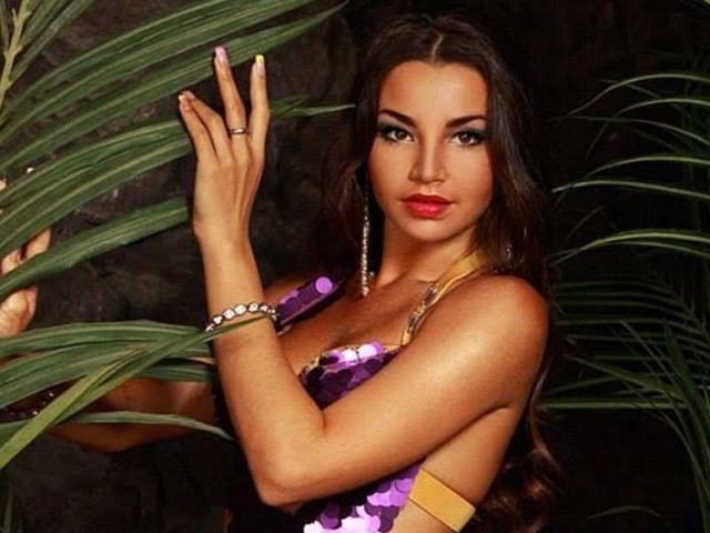 Russian belly dancer deported for threatening Egypt's 'national security'
