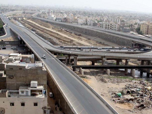 A view of the Lyari Expressway. PHOTO: FILE