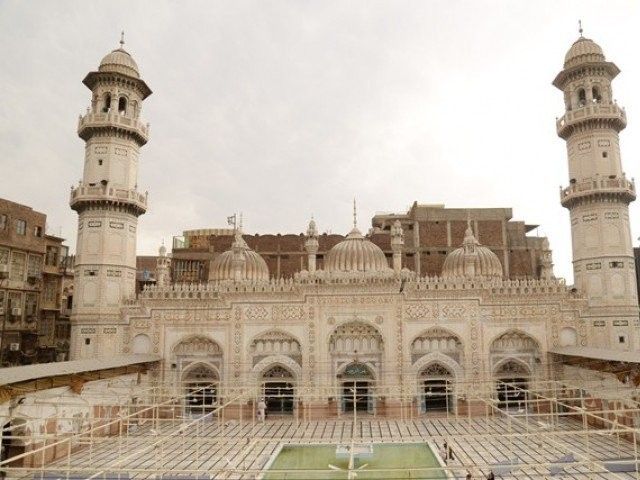 A view of the Mahabat Khan Mosque. PHOTO: EXPRESS/FILE