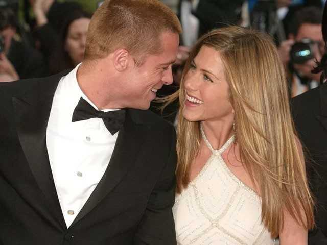 Jennifer Aniston Shuts Down Brad Pitt Rumours Following Split With Justin Theroux