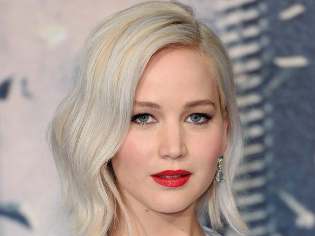 Jennifer Lawrence offended over plunging dress furor
