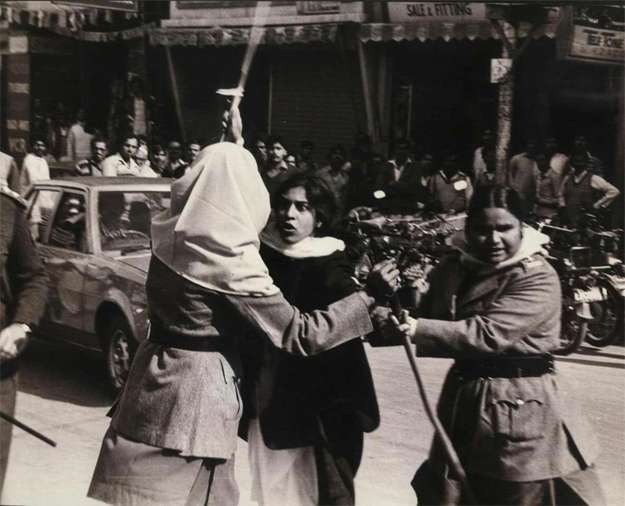 A young Asma Jahangir protesting on the streets. PHOTO: TWITTER
