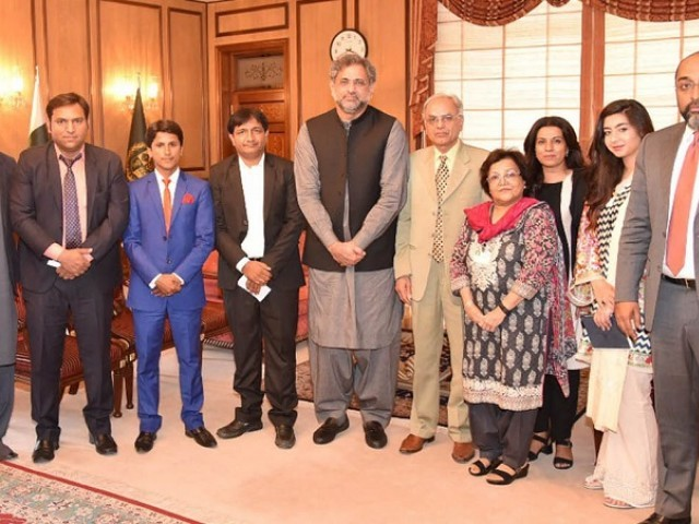 PM Abbasi directs for early finalization of water policy