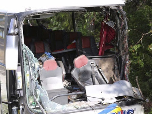 One dead, six injured in bus accident near Sahiwal