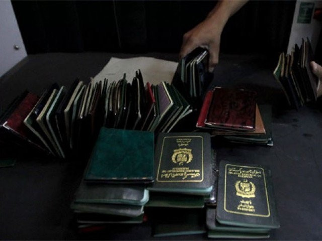 SC seeks affidavits from newly-elected senators on dual nationality issue