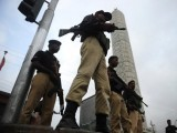 karachi-policemen-on-duty-photo-reuters-4-2-3-2-3-2-2-2-2-3-2-2-2-2-3-2-2-2-2-2-2-2-2-3-2-2-2-3
