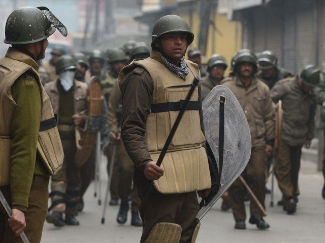 Islamabad asks New Delhi to allow UN investigation in held Kashmir. PHOTO: AFP/FILE