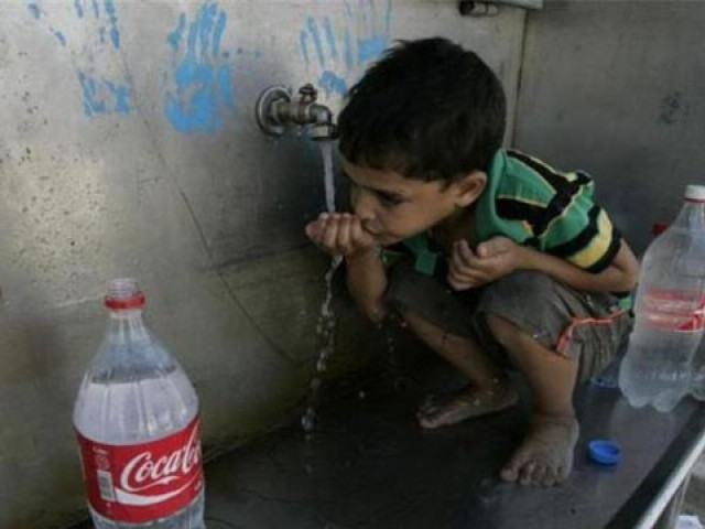 Almost 80% of Sindh's residents are consuming contaminated water. PHOTO: AFP