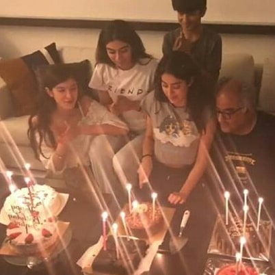 Here's Sonam Kapoor's Note To Cousin Janhvi On Her Birthday