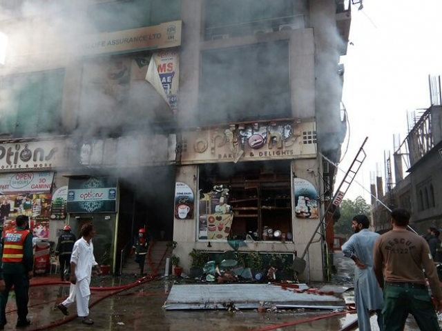 Five die of suffocation in Lahore building fire