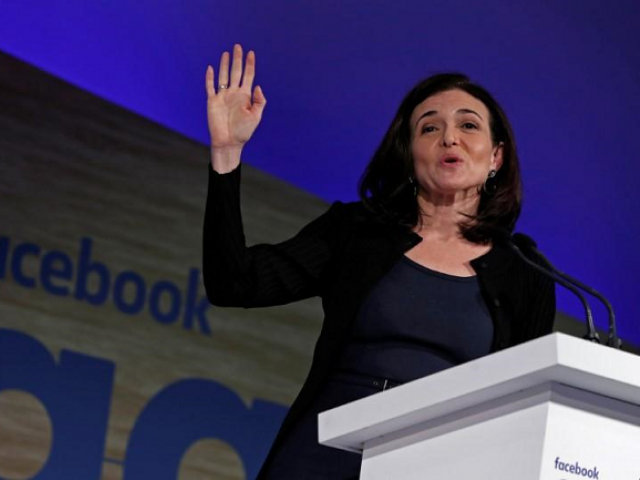 Sheryl Sandberg, Facebook's chief operating officer, addresses the Facebook Gather conference in Brussels, Belgium January 23, 2018. PHOTO: REUTERS