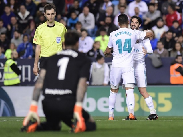 Real Madrid chief Butragueno: We want Isco to stay