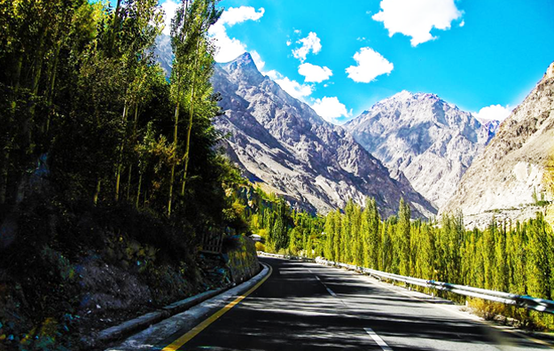 En route to Hunza Valley. PHOTO: HASSAN SAJID