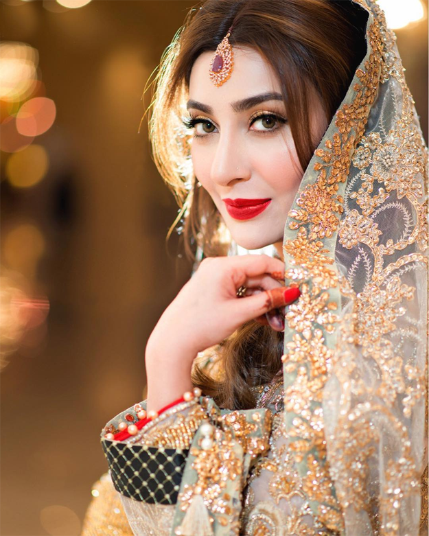 Fashion Roundup Aisha Khan S 5 Wedding Looks The