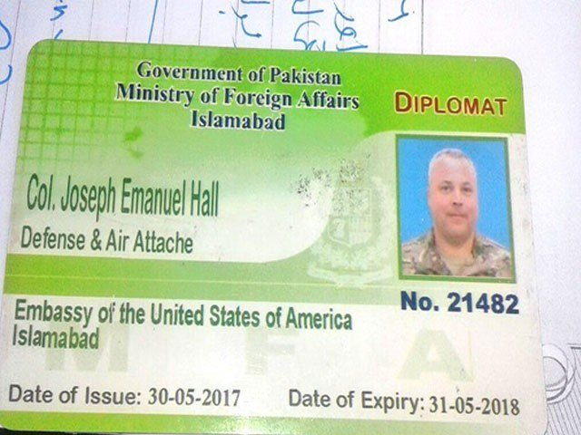 USAF C-130 returns without U.S.  diplomat involved in Pakistani's death