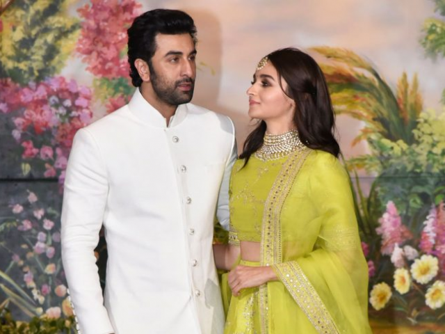 Image result for latest images of alia bhatt with ranbir kapoor