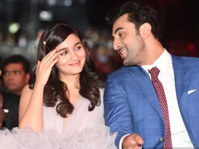 This is how Alia Bhatt inspires Ranbir Kapoor