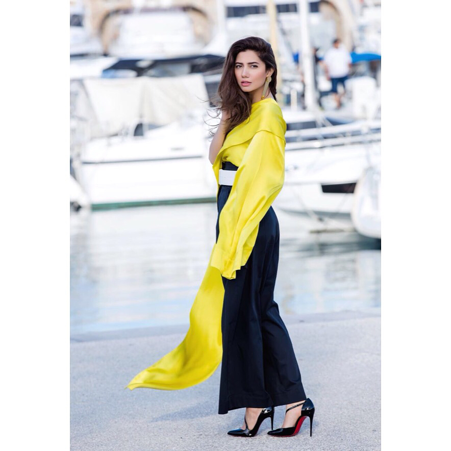 Cannes 2018: Mahira Khan Is Melting Our Hearts With Her Chic-Styled Photo Sessions