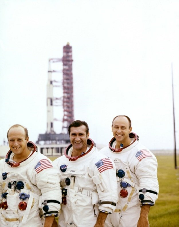 Apollo Moonwalker and artist Alan Bean dies at 86
