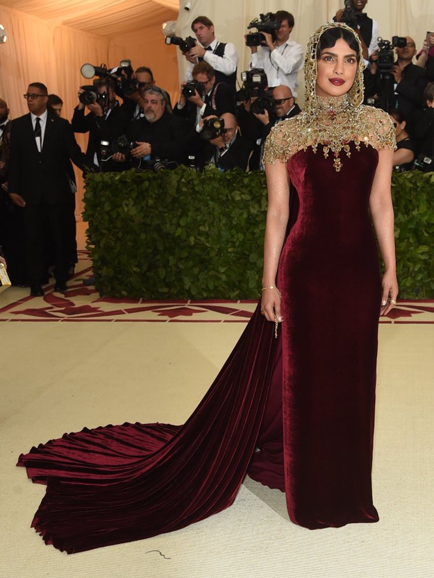 With Halos And Pope Inspired Dresses The Red Carpet Of Met Gala 2018 Saw Indian Actors Priyanka Chopra Deepika Padukone Making A Statement