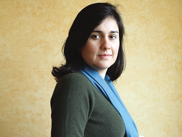 Author Kamila Shamsie wins Women's Prize for fiction