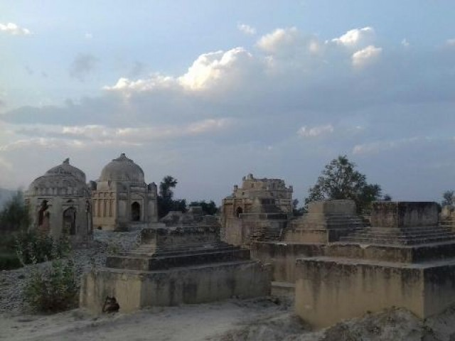 The tombs of Sindh's former rulers, the Talpurs and Kalhoras, are in shambles. PHOTO: EXPRESS
