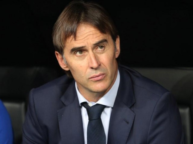 Spain sack coach Julen Lopetegui a day before tournament starts