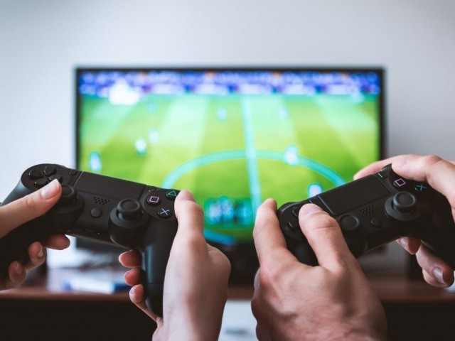 WHO declares compulsive video gaming a mental disorder