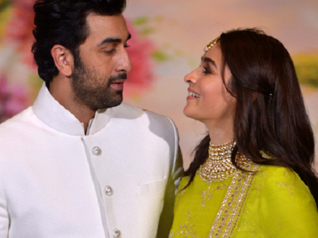 alia bhatt ranbir kapoor to reportedly marry in 2020 the express