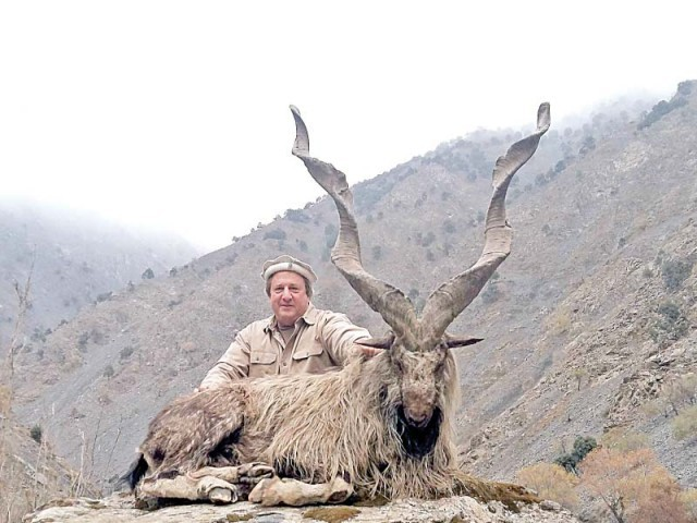 A citizen of Texas Fred Rich with the markhor he had hunted in Chitral after paying around $100,000 in 2016. PHOTO: FILE